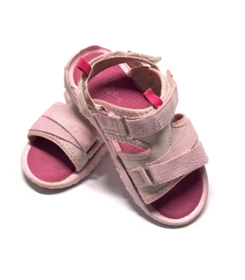 Rózsaszín kislány szandál (27)